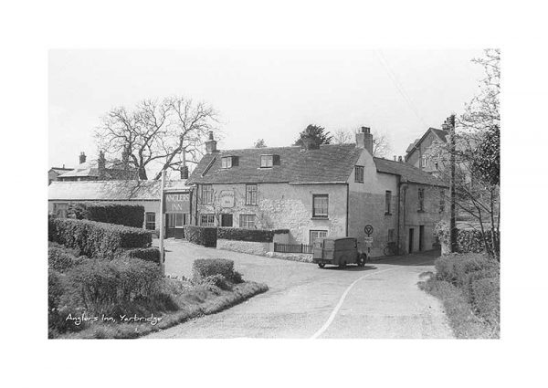 Vintage photograph Anglers Inn Yarbridge Isle Of Wight