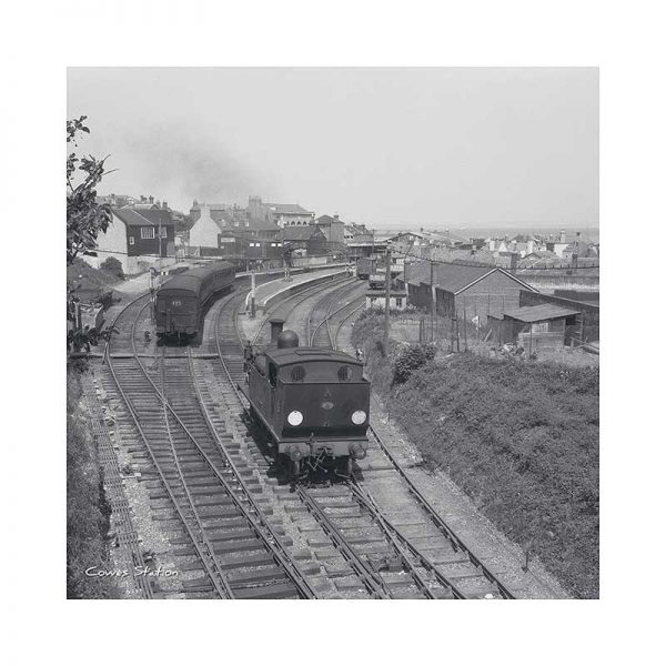 Vintage Photograph Cowes Station Isle Of Wight