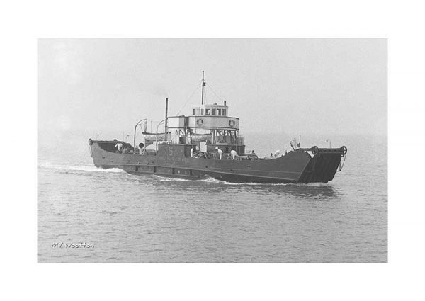 Vintage photograph MV Wootton Isle Of Wight