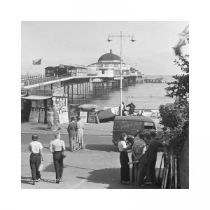 vintage photograph of shanklin pier 1948 isle of wight